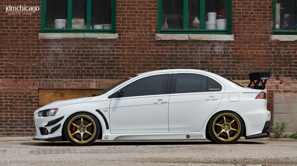white paint .. gold rims .. and BLACK face .. yes,this is LANCER :) | dakos3