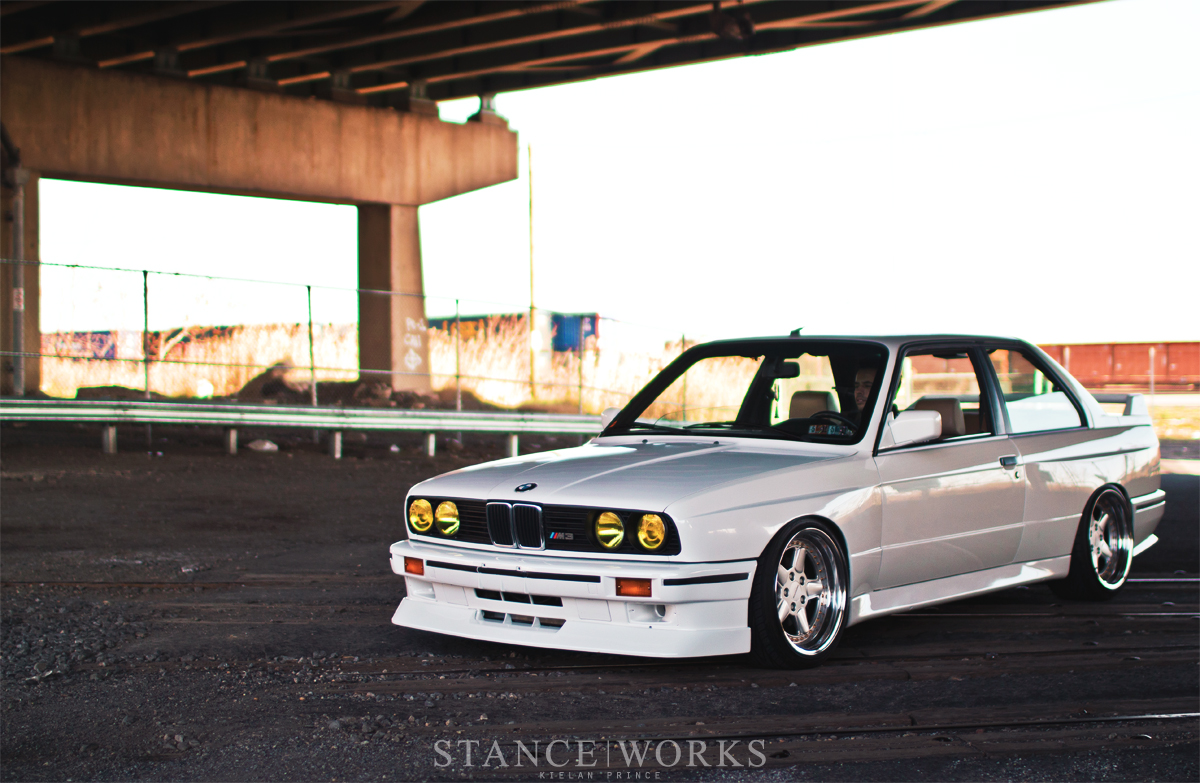 nice clean WHITE bmw E30 M3 | dakos3