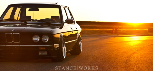 riley-stair-bmw-e28-535i-title