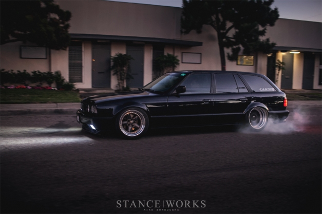 castro-e34-touring-burnout