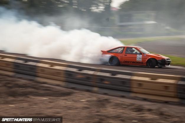 Driftworks-AE86-V8-11